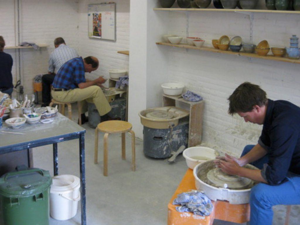 Keramiek, Paul Werner, pottenbakker, pottenbakkerij, utrecht, workshop, cursus, relatiegeschenken, kinderfeest